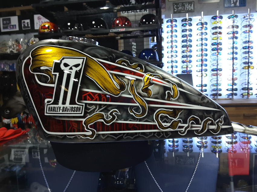 Riders DNA custom paints; airbrush, metalflake, pinstripe, goldleaf.