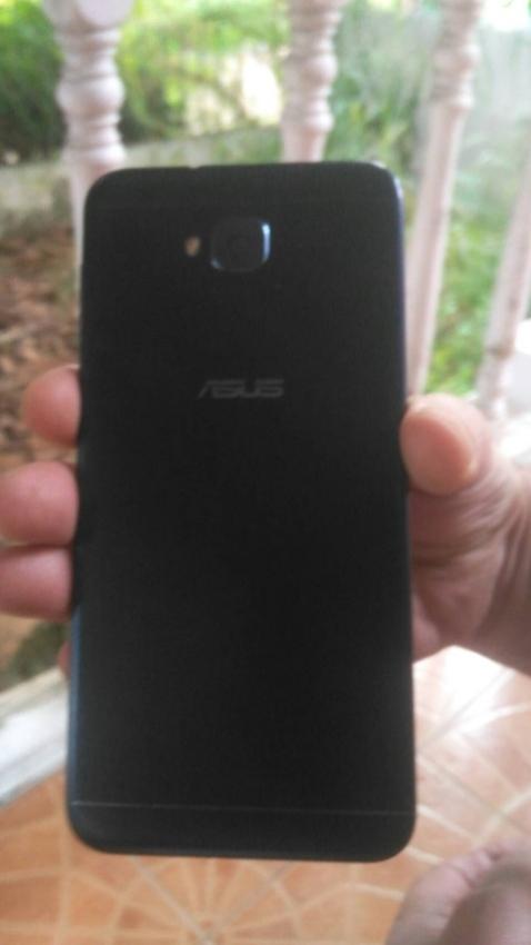 New asus zenfone 4 selfie (zd553kl)