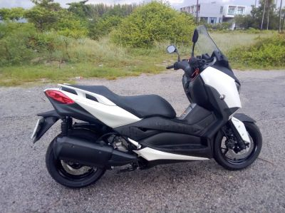 Yamaha Xmax 300 for rent, Honda Forza 300 for rent : Khanom