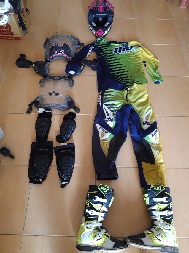 MX gear for kids or ladies !