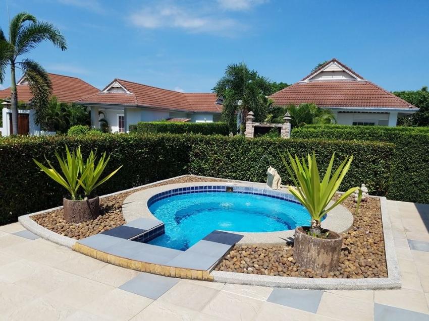 Large 3 bedroom villa for rent