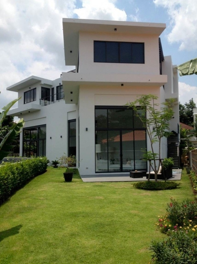 UNIQUE Modern House for SALE or RENT