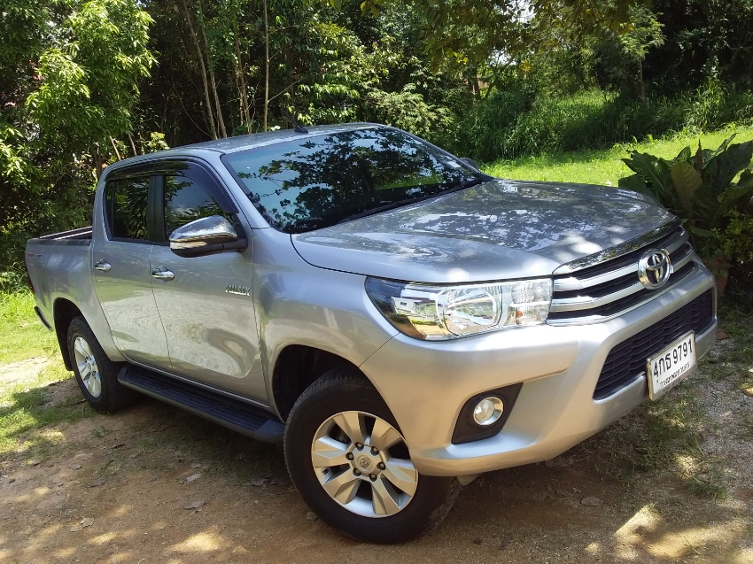 Toyota REVO 2.4G T Diesel  4d AUTOMATIC Only 6.700 kms 1 AS NEW ,2015