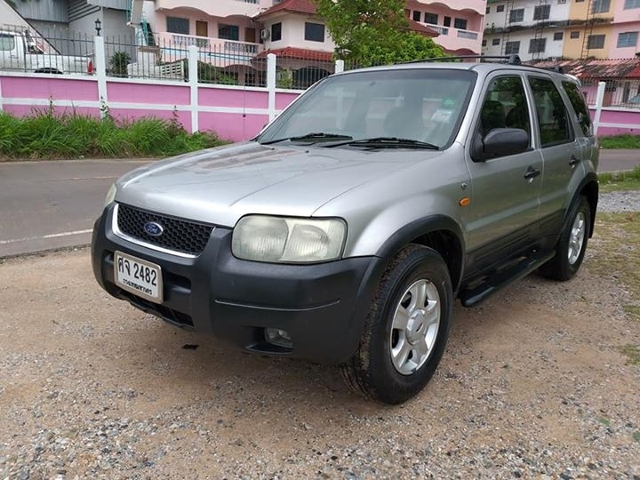 Sell Ford Escape 2005 year