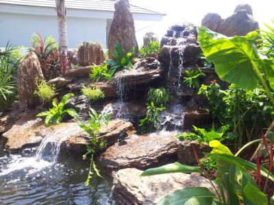 The right equipment for your garden ponds, koi ponds, waterfalls ect.