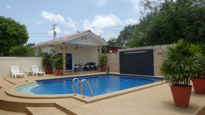 Guest house near Pattaya, Baan Amphur, for Sale