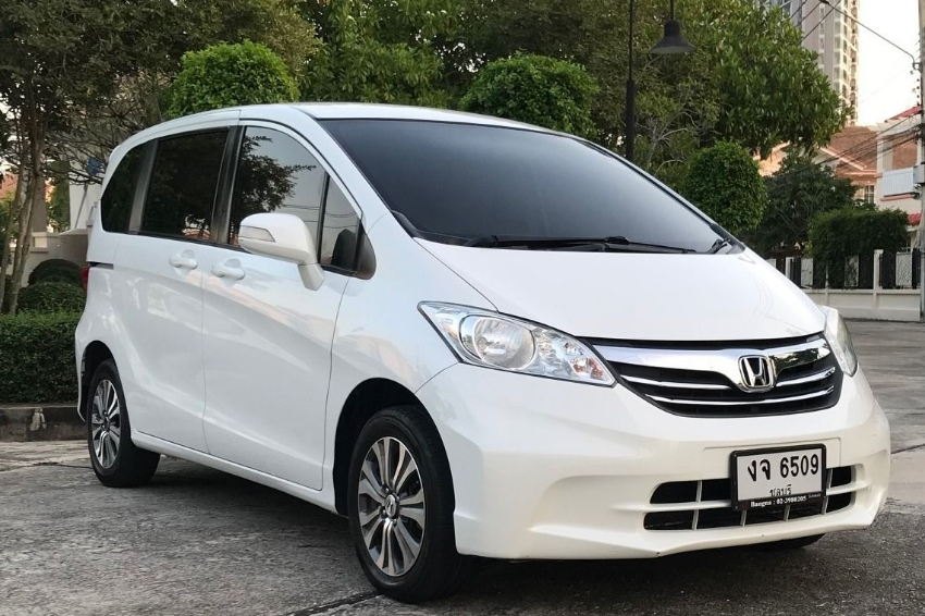 Honda Freed EL(Top of model), 2012, 1.5 Auto, 6-7 seats