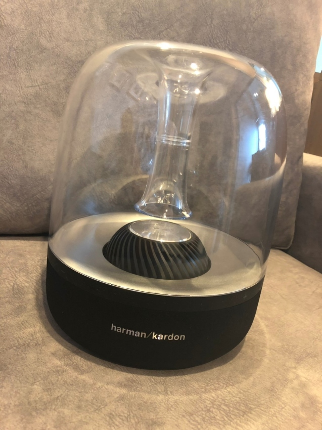 Harman Kardon Bluetooth Speakers AURA Bluetooth Speaker (Black)