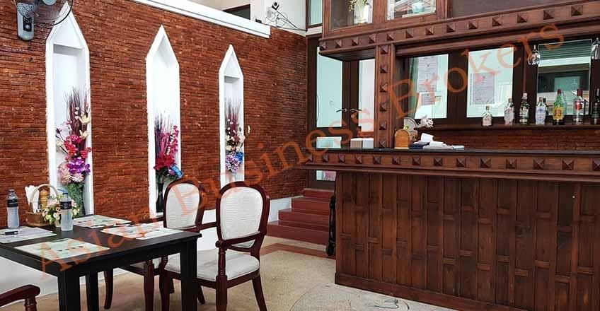 1205021 Restaurant with Accommodation on Pratamnak Road Pattaya