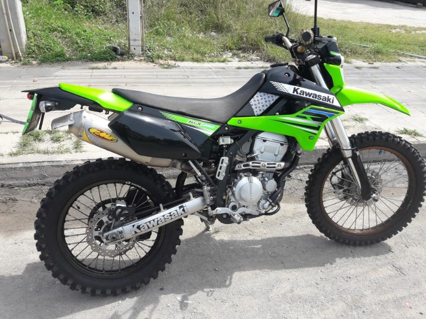 Can deliver kawasaki klx 250s low kilo