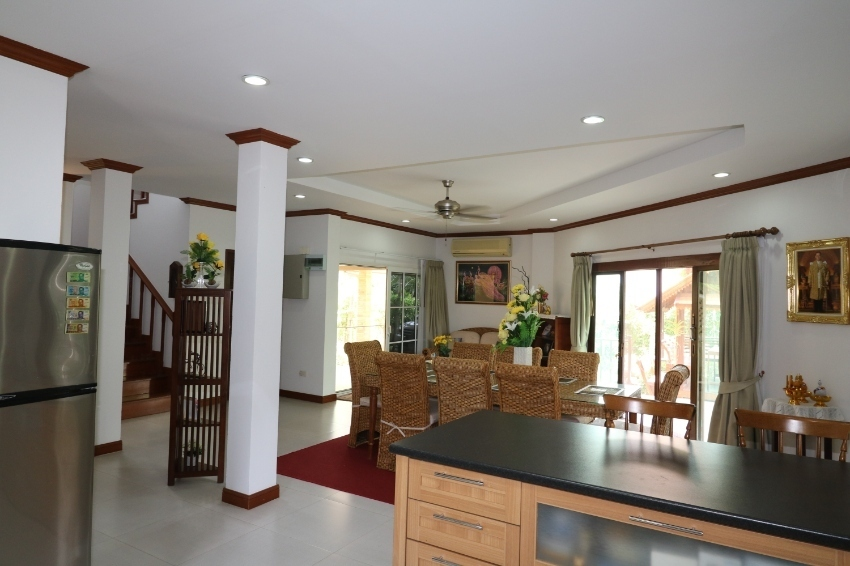 Luxury Home Boi Fai  Hua Hin.  5%  DISCOUNT FOR PRIVATE SALE.