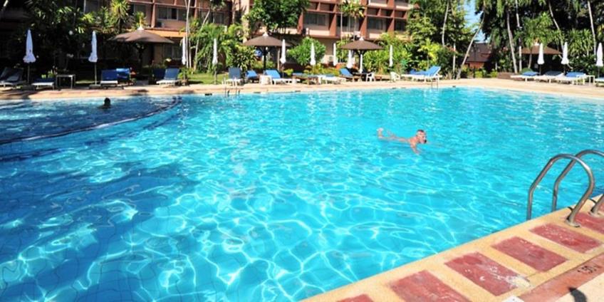 40 Rooms Resort in Kata