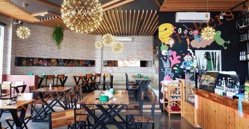 0147002 Friendly Atmosphere Cafe with Cheap Rent Community Mall Rama2