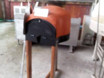 Italian traditional Brick Pizza Oven for Garden/bar/etc.. NEW