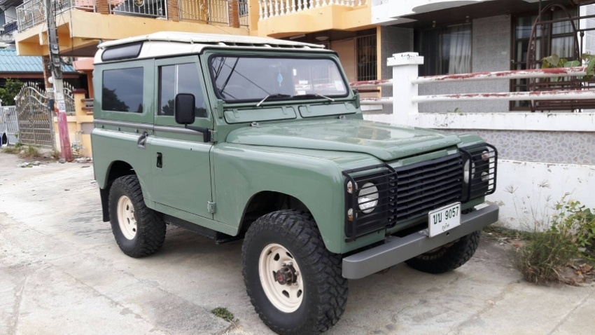 Very Nice Land Rover Defender 4x4