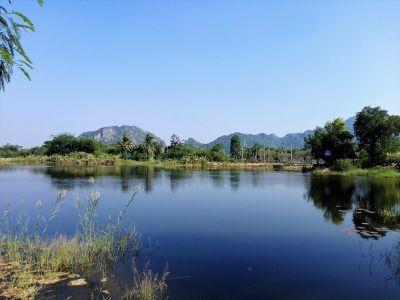 Cha-am 9 Rai with Large Stocked Fishing Lake Mountain Backdrop