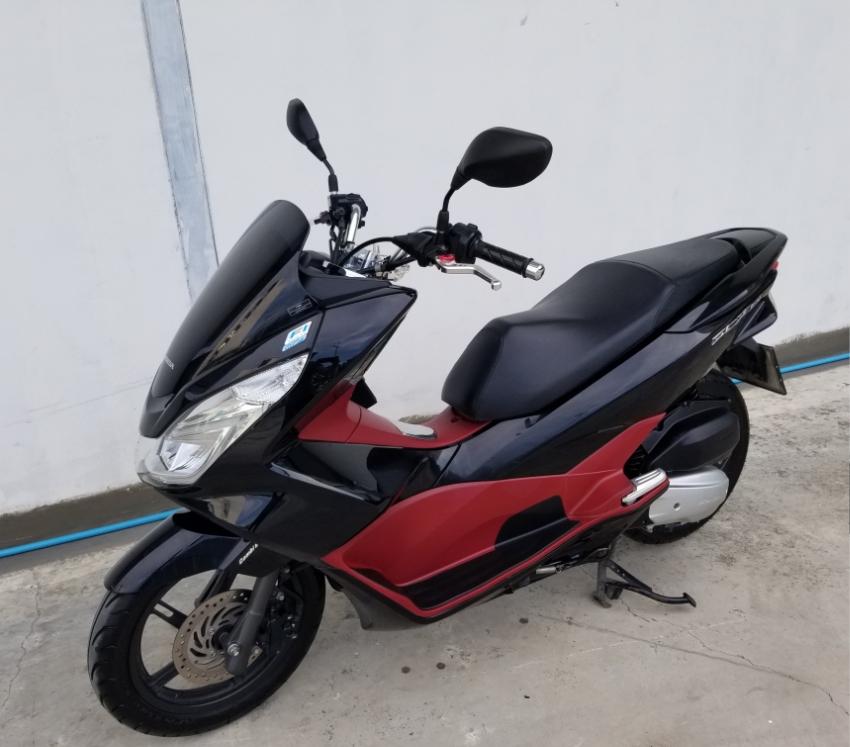 Honda PCX 150cc  LED  10/2015