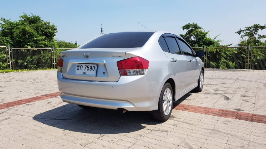Honda City 1.5 V - 2554/2011 For Sale