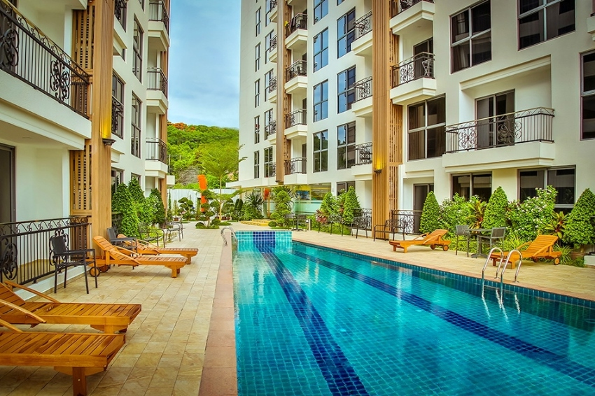 1 bed 33 sqm condo in Pratumnak in foreign ownership for 1.85 million!