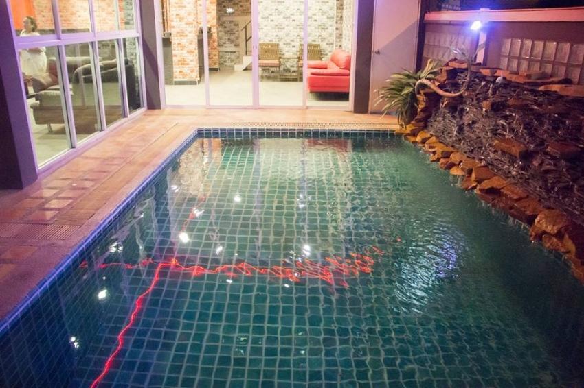 Pratumnak 23 Room Hotel+22 Bed Hostel Rent/Sale