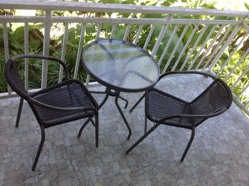 Out Door Table and 2 Chairs