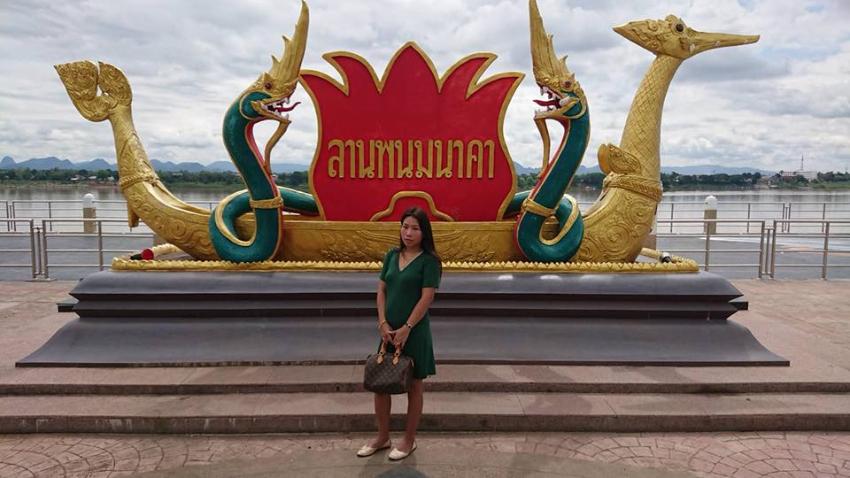 Thai female guide