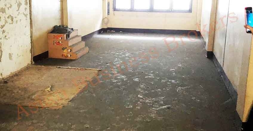 0149012 Shop House in Prime Phra Khanong Location for Rent–Renovation