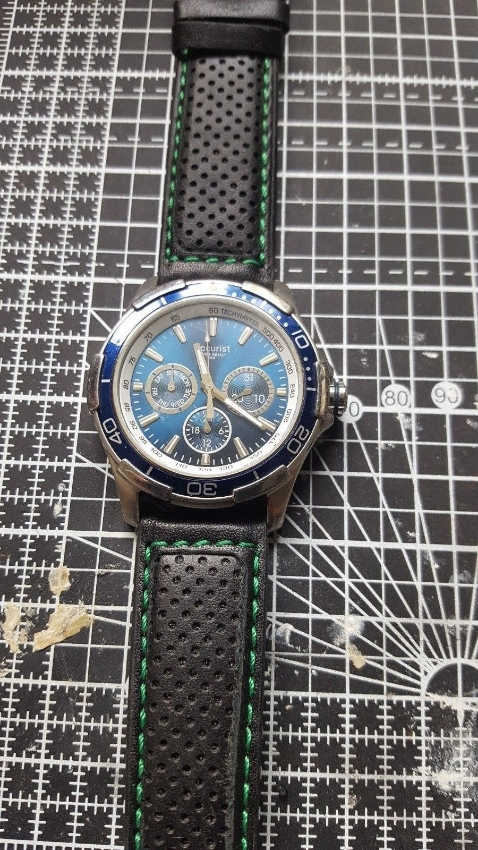 Accurist Sports Watch 40mm Blue Face Size with nice leather strap