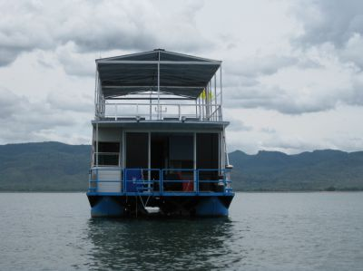 House Boat at Srinakarind Dam, Kanchanaburi. Great get away location.