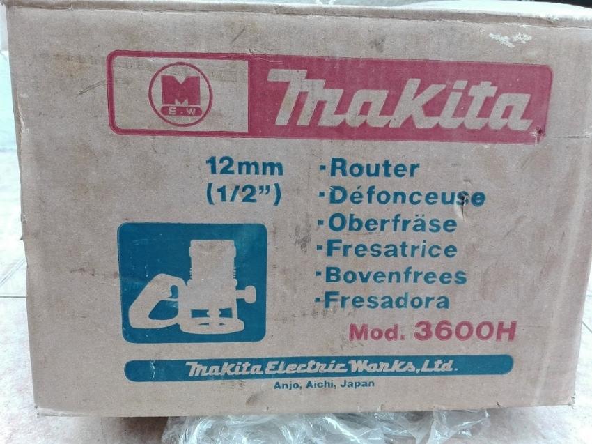 Makita 12 mm Router