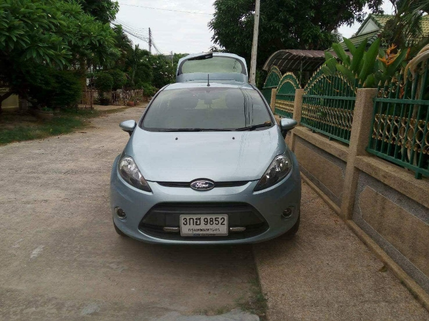 Compact auto hatchback car for rent