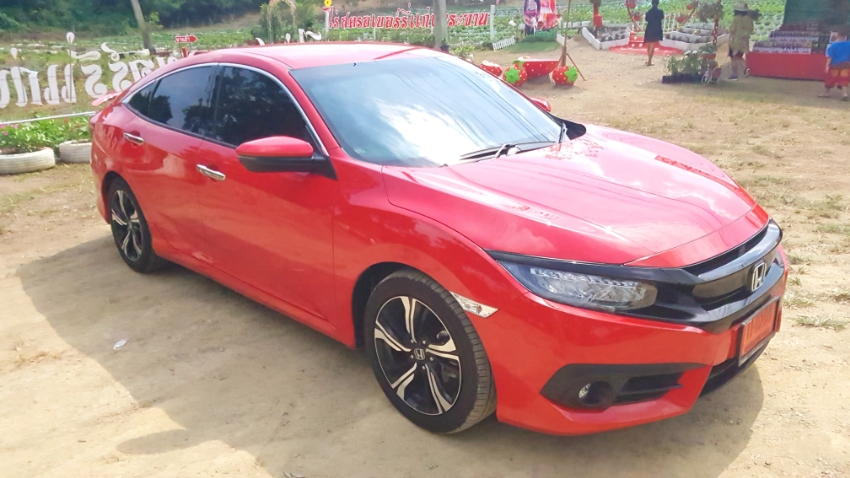 Honda Civic RS Turbo, show room condition *NOW REDUCED BY 100000 BAHT*