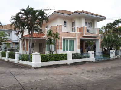 To SALE Single House HB two Storey Fully furnished and fully refurbish