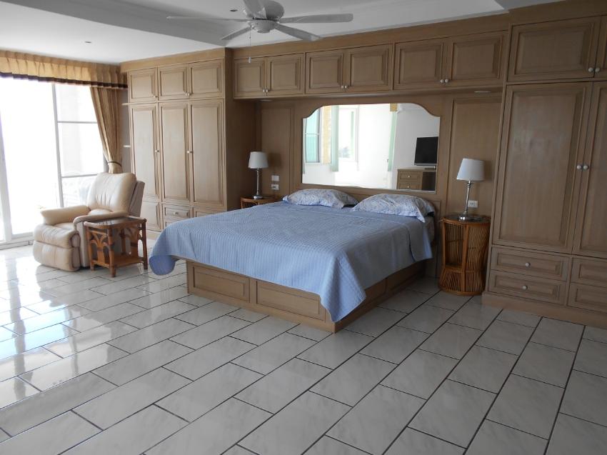 Condo Seaview 200 sqm for rent Jomtine beach