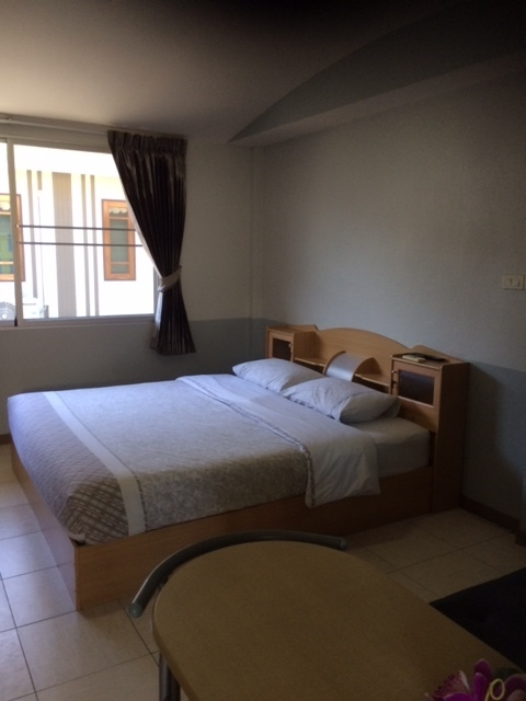 One bed bungalows for rent, Ban Phe, Rayong