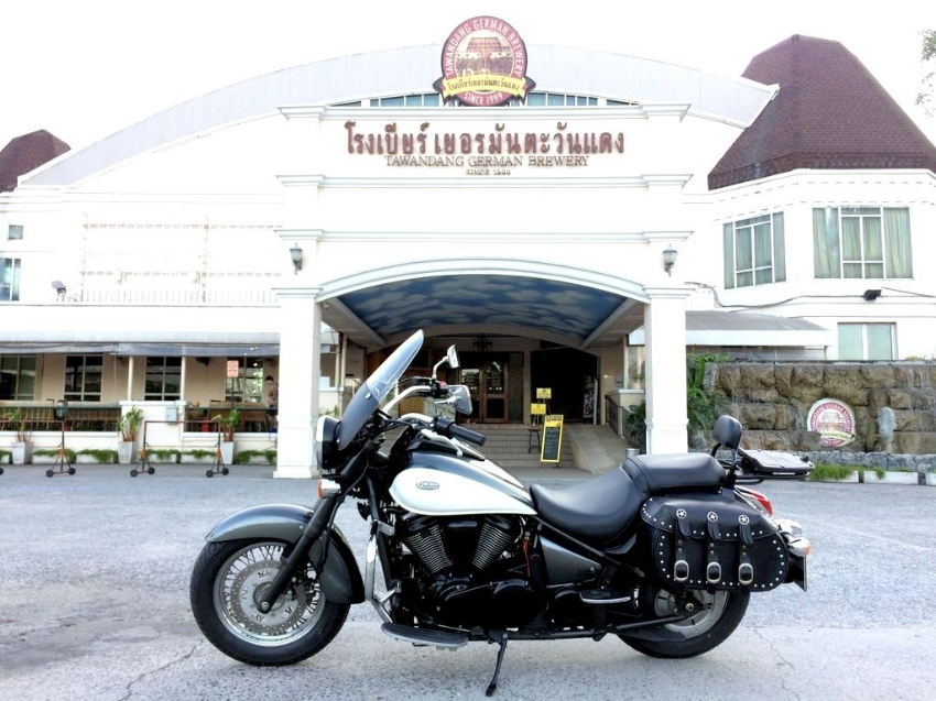 2012 Kawasaki Vulcan 900 Classic in excellent condition