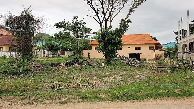 Great 166 TW (664 sqm.) Plot For Home Near Blu Port Shopping Mall