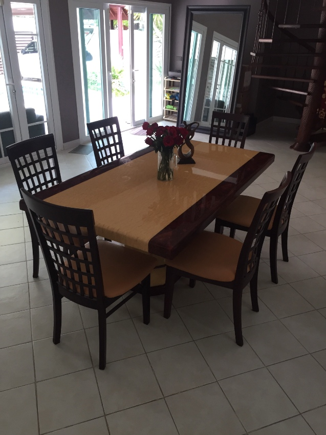 Set dining table + 6 chairs