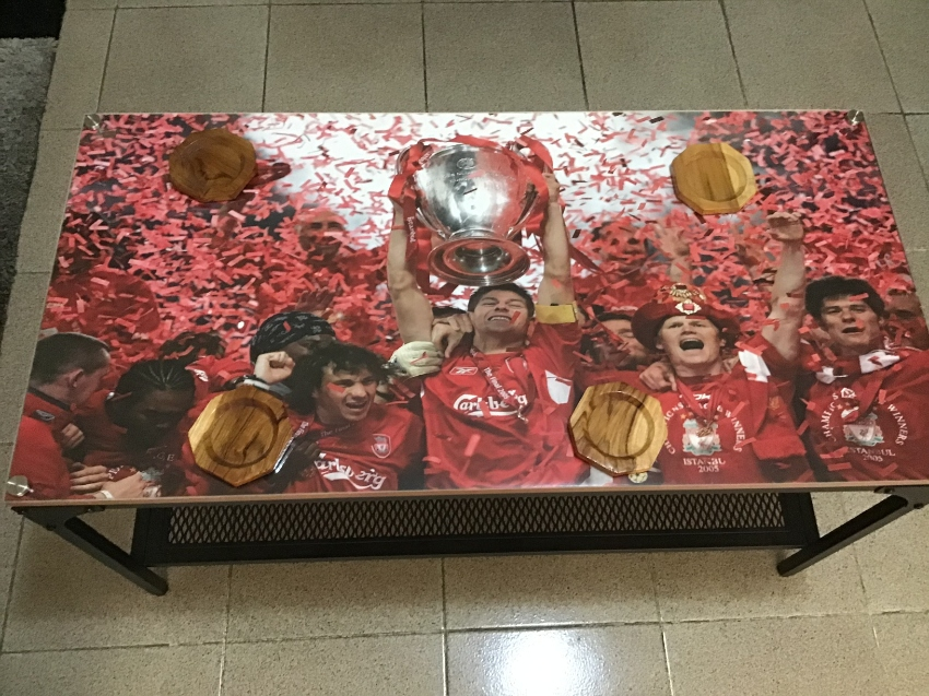 Special Liverpool Football Club steel Plexiglas coffee table