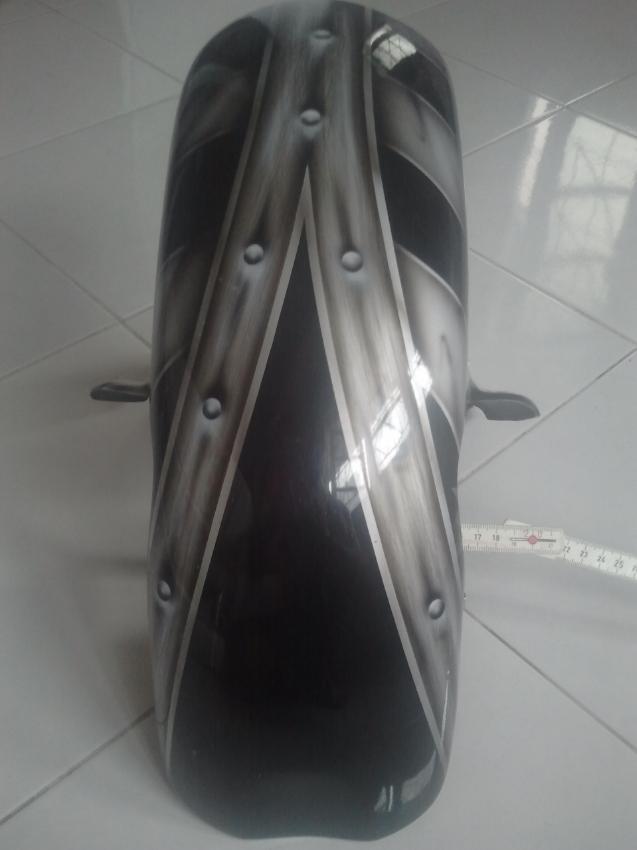 Fender 19
