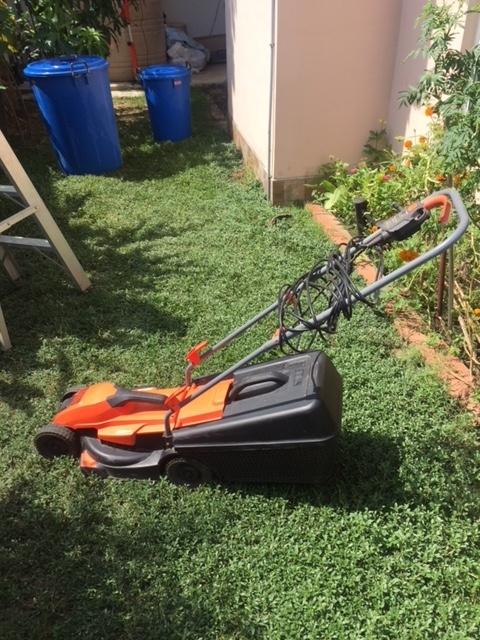 Black & Decker Electric Grass Mowwer