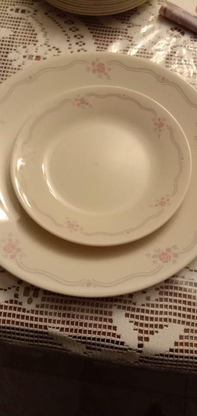 Corelle Dinner set
