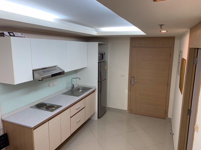 Pay Only 1,5 M Central Pattaya 42 SQM