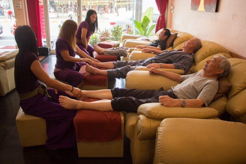 Pattaya Center Massage Shop Take Over