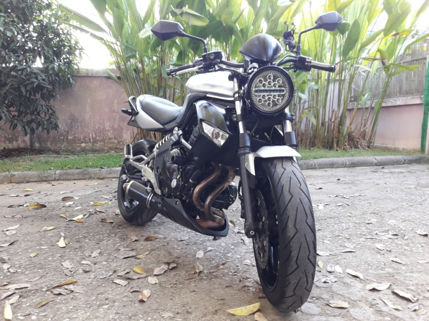 Kawasaki ER6n modified, Excellent condition