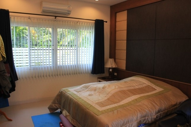 5 Bedroom House with private pool for sale in Chiang Rai