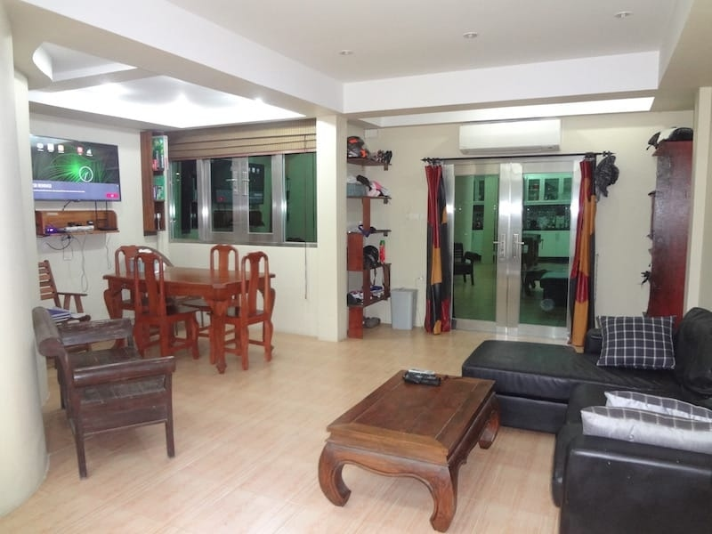 Price for Quick Sale! 2 Storey Townhouse on Thepprasit Road