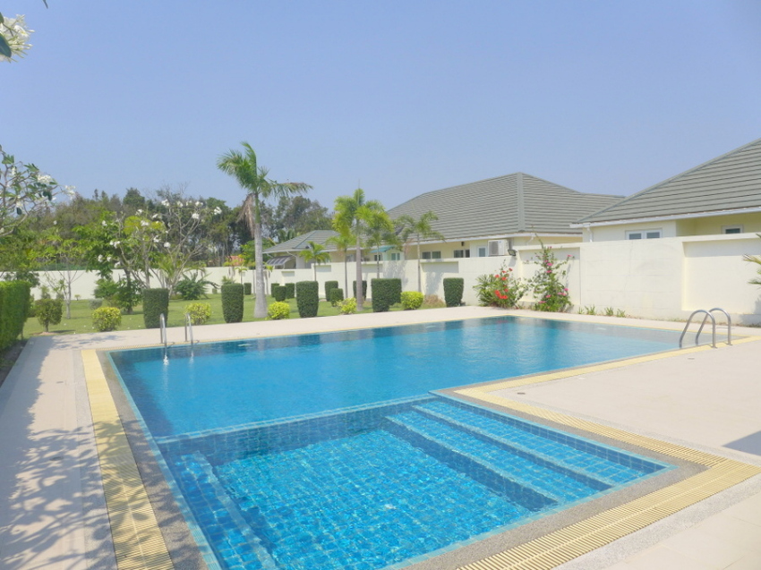 Green Field 4: Top quality 4 bedroom pool-villa