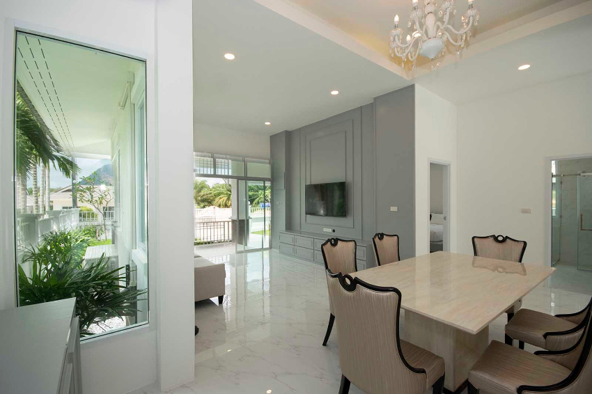 Brand New, Two-Bedroom Full-Feature Villa in Ao Nang
