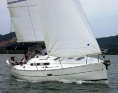 Beneteau OC323 - Well Equipped and Maintained